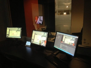 Dark room with one-way mirror and eye tracking live recording
